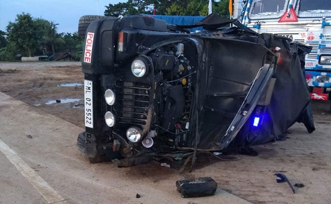 Meghalaya Minister's Convoy Meets With Accident In Assam, 4 Cops Injured - NDTV