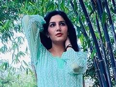 Sapna Choudhary को चढ़ा शायरी का शौक, बोलीं- आज इक अजीब सी बात हुई, हमारे घर को...
