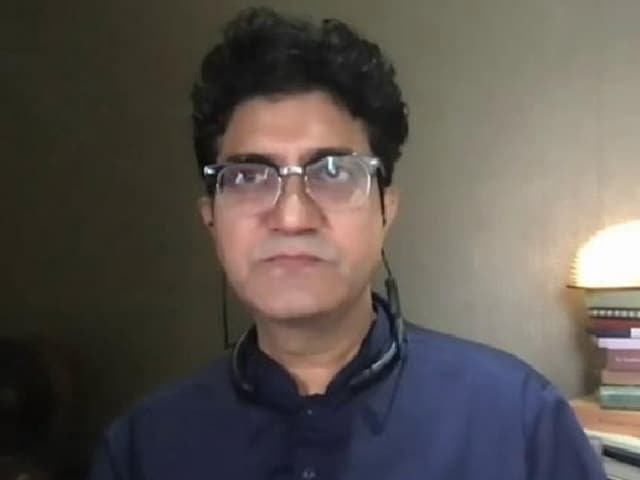 Video : Anthems Anchor Us In The Right Direction: Prasoon Joshi, Lyricist
