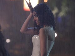 Divya Khosla Kumar Experiments With Her Outfits In <i>Teri Aankhon Mein</i> Teaser