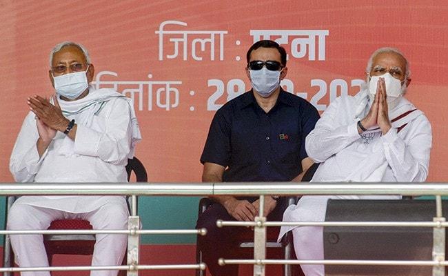 हम साथ-साथ हैं! चिराग पर क्यों चुप हैं प्रधानमंत्री