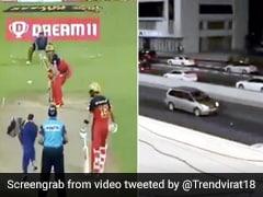 IPL 2020: एबी डिविलियर्स ने मारा स्टेडियम पार छक्का, गुजर रही कार पर लगी गेंद - देखें Viral Video