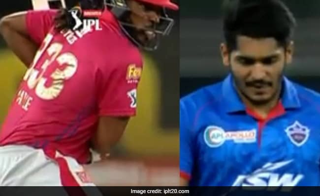 Watch Gayle storm in ipl 2020, 24-run blitz in one over of Tushar Deshpande