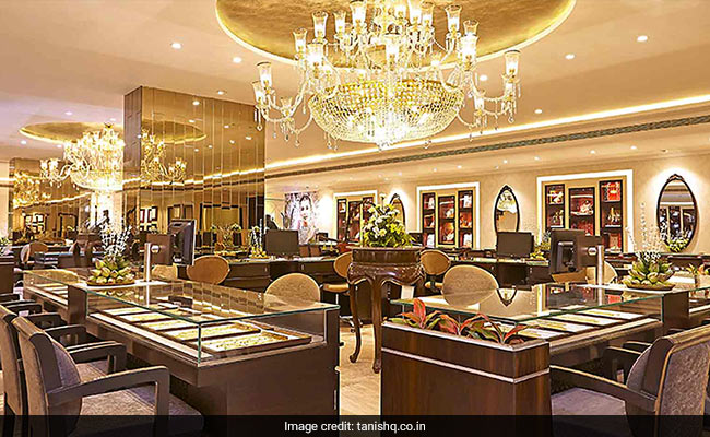 Tanishq Store Attacked In Gujarat Amid Row Over Ad - NDTV