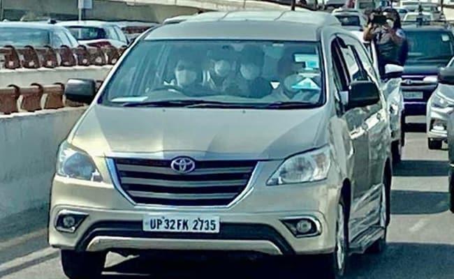 Priyanka Gandhi Vadra In Driver's Seat For Rahul Gandhi's Visit To Hathras