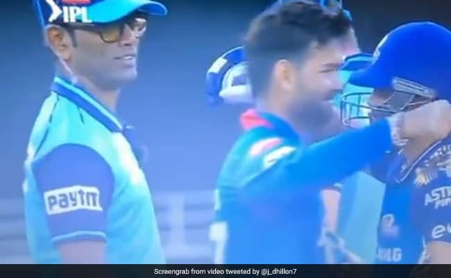 DC vs MI: Ishaan Kishan hit a stormy half-century in Mumbais victory, friend Rishabh Pant hit it with a hug..Watch video