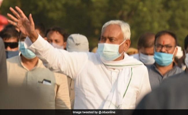 Bihar Assembly Election: क्या नीतीश कुमार से दूरी बना रही बीजेपी!