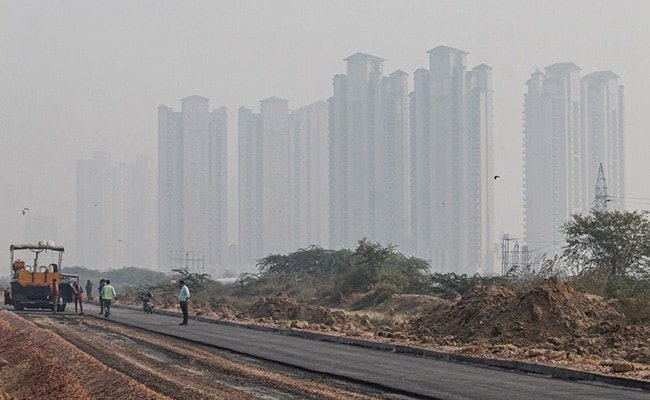 'Very Poor' Air Quality Recorded In Ghaziabad, Noida, Faridabad