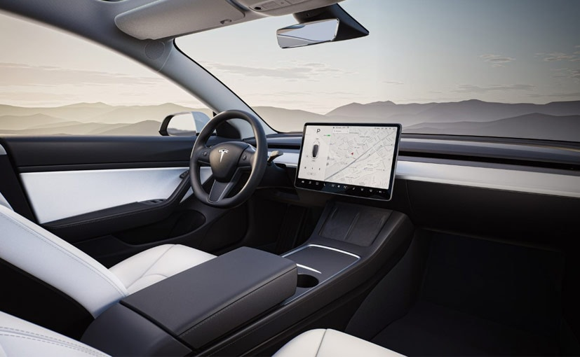 Tesla doesn't support CarPlay or Android Auto