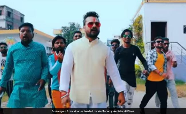 Bhojpuri Gana: खेसारी लाल यादव ने 'विधायकी के चुनाव' गाने से मचाया तहलका, वायरल हुआ Video