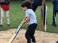 """Any Place In The IPL?"": Kareena Kapoor Has Little Champ Taimur In Mind"