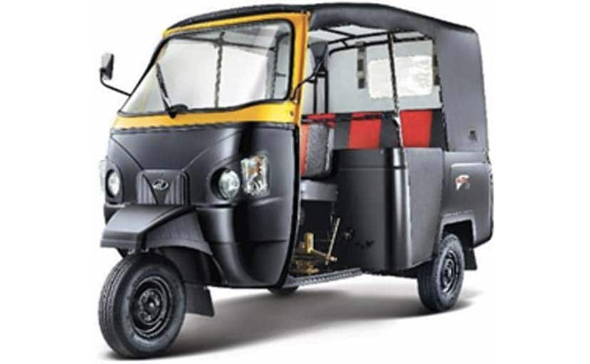 Mahindra Alfa 3-wheeler offers a fuel efficiency of 28.9 kmpl in passenger variant and 29.4 kmpl.