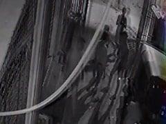 दिल्ली में छोटी सी बात पर युवक की ताबड़तोड़ चाकू मारकर हत्या, CCTV में कैद दहलाने वाली वारदात
