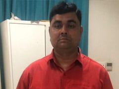 बलिया हत्याकांड का आरोपी जेल भेजा गया, करणी सेना ने उसके समर्थन में किया प्रदर्शन