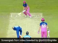 IPL 2020: घूम-घूमकर चौके मार रहे थे जोस बटलर, गेंदबाज़ ने दिखाई चालाकी और कर दिया बोल्ड - देखें Video