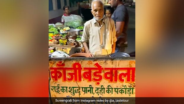 After Delhi's <i>Baba Ka Dhaba</i>, Netizens Support Agra's 90-Year-Old <i>Kanji Bada</i> Seller