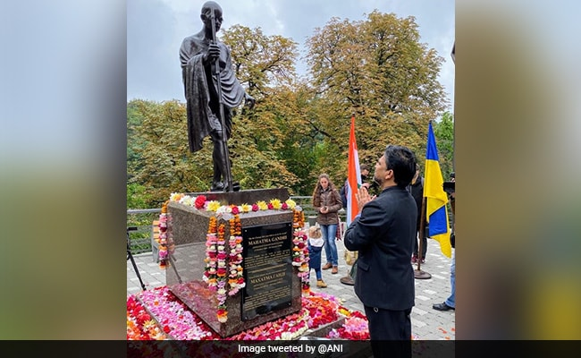 Bronze Statue Of Mahatma Gandhi Inaugurated In Ukraine On Gandhi Jayanti