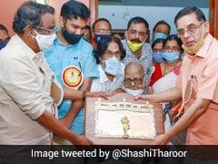Akkitham Achuthan Namboothiri, Malayalam Poet And Gandhian, Dies