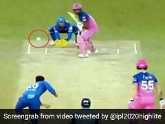 IPL 2020: संजू सैमसन ने जड़ा ऐसा तूफानी छक्का, खड़े होकर शेन वॉर्न ने किया कुछ ऐसा... देखें Video