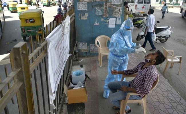 Coronavirus India LIVE Updates: दिल्ली में कोरोना वायरस संक्रमण के 5,062 नये मामले