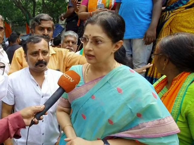 "Video : Thirumavalavan's ""Manusmriti"" Remarks Weakened Women: Actor Gautami"
