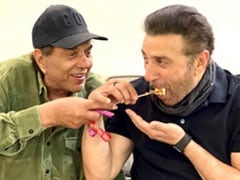 Inside Sunny Deol's Birthday Festivities With Dad Dharmendra. See Pics