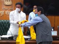 Gorkha Janmukti Morcha Leaders Meet Minister, Stress On Gorkhaland Demand