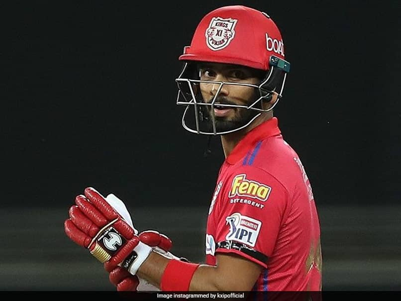 IPL 2020, KXIP vs SRH: Mandeep Singh Receives Huge Praise For Playing Match After Fathers Death Last Night