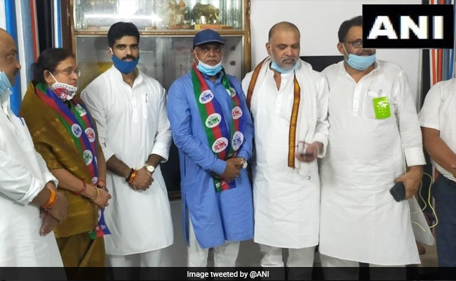 Bihar BJP Leader Rameshwar Chaurasiya Joins Lok Janshakti Party