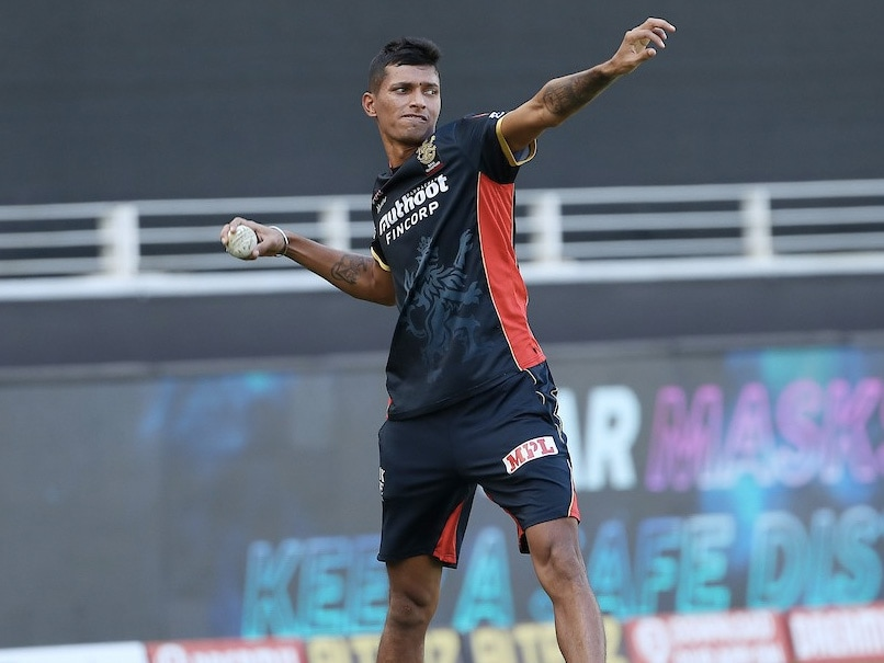 IPL 2020, RCB vs CSK: Royal Challengers Bangalore Physiotherapist Unsure About Injured Navdeep Saini's Return Date