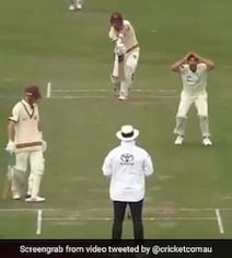 'Holy Moly': Starc Shell-Shocked As Umpire Turns Down 2 Appeals. Watch
