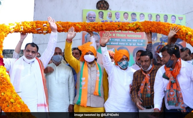 Delhi BJP To Hold Tractor Rallies To Counter Opposition Attack On Farm Laws