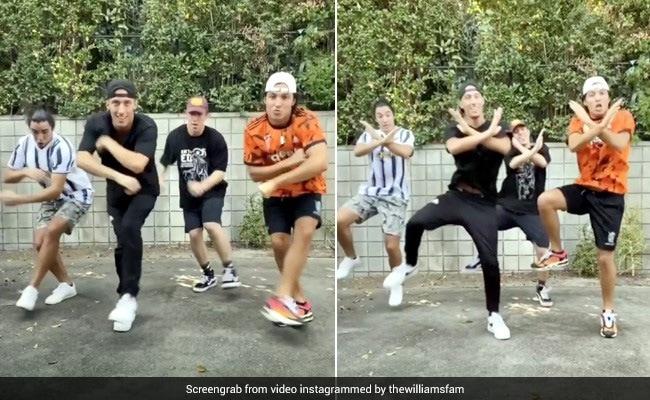दलेर मेहंदी के गाने पर विदेशी लड़कों ने किया 'तुनक-तुनक तुन' डांस, बार-बार देखा जा रहा है यह Video