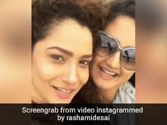 Ankita Lokhande ने Rashami Desai से पूछा 'किसको पटाया', तो एक्ट्रेस का यूं आया जवाब- देखें Video