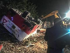 9 Dead, Over 30 Injured In Accident Between SUV And Bus In UP's Pilibhit District