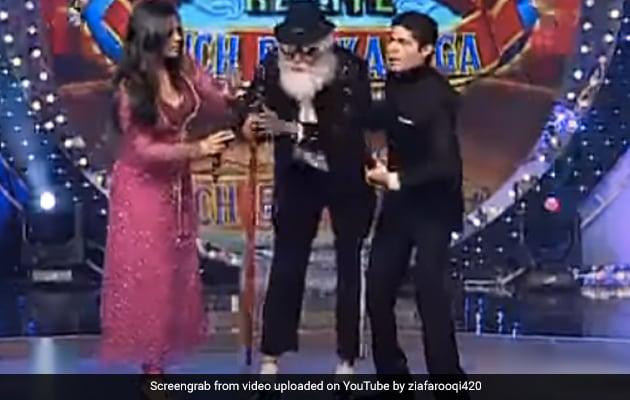 90 साल का बूढ़ा बन अचानक शो में पहुंचे Mithun Chakraborty, करने लगे माइकल जैक्सन जैसा डांस- देखें थ्रोबैक Video