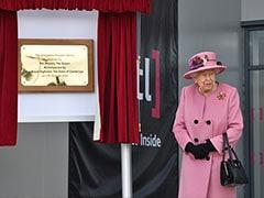 """Mask-Free Queen Ventures Outside """"HMS Bubble"""" To Secret Lab"""