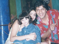 For Ananya Panday's Birthday Countdown, This Throwback With Parents Bhavana And Chunky