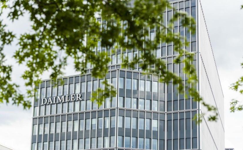 "German Ministry Investigated ""For Sharing Daimler Secrets"""