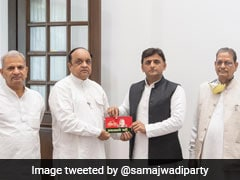 2 BSP Leaders Join Samajwadi Party
