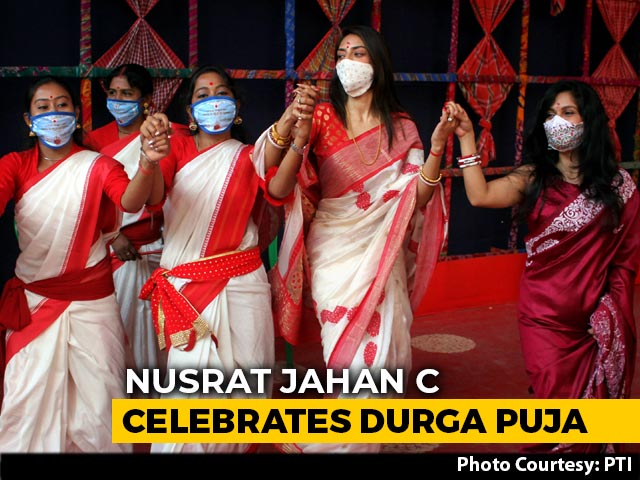 Video : Watch: Trinamool's Nusrat Jahan Dances, Plays Dhak For Durga Puja