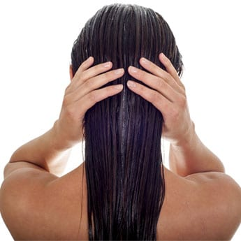 10 Top-Rated Onion Hair Oils To Control Hair Fall Control And Promote Hair Growth