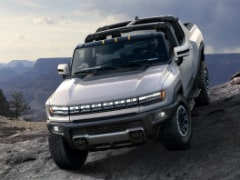 GM Releases Footage Of The New Hummer EV Pickup In Sub-Zero Conditions