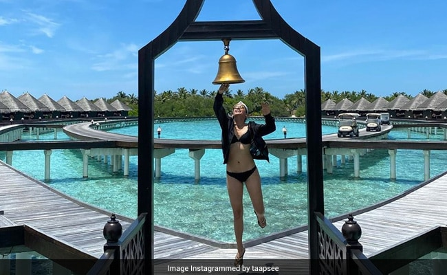 Just A Pic Of Taapsee Pannu 'Ringing Out The Bad Times' In Maldives