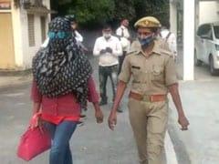यूपी: बाहुबली विधायक और उसके बेटे पर गायिका ने लगाया रेप का आरोप