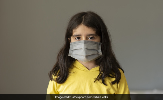 Coronavirus Prevention: Is It Important For Kids To Wear A Mask When Outside? Know Expert Opinion