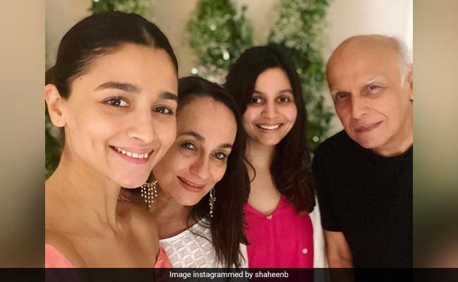 Alia, Shaheen And Mahesh Bhatt Made Soni Razdan's Birthday Extra Special