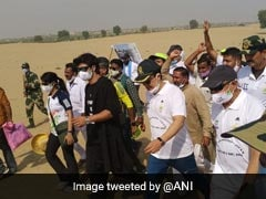 200-Km ''Fit India'' Walkathon Flagged Off In Rajasthan Desert