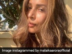 मलाइका अरोड़ा सुबह उठते ही लेने लगीं सेल्फी, तो फराह खान ने यूं किया रिएक्ट