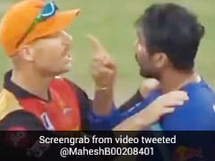 IPL 2020: राहुल तेवतिया से भिड़ गए खलील अहमद, डेविड वॉर्नर ने डांटा और फिर... देखें पूरा Video